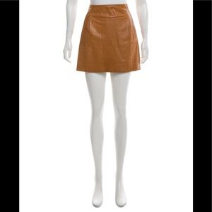 VINCE Camel-colored Leather Mini Skirt. Size 4